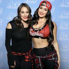 Brie and Nikki Nicki Bella, Bella Diva, Brie Bella Wwe, Nikki And Brie Bella, The Bella Twins, Wrestling Divas, Women's Wrestling, Nxt Divas, Total Divas