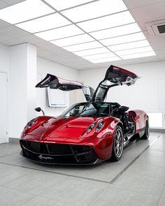 Pagani Car, Pagani Huayra, Ferrari, Car Wallpapers, My Ride, Exotic Cars, Sport Cars, Cars Motorcycles, Luxury Cars