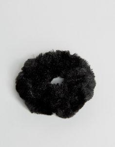 Pieces | Pieces Delly Faux Fur Scrunchie