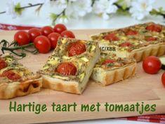 Hartige taart met tomaatjes
