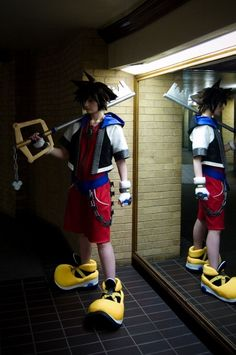 Hee-Hee: Sora cosplay from Kingdom Hearts in Otaku House Cosplay Idol 2012
