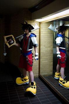 Hee-Hee: Sora cosplay from Kingdom Hearts in Otaku House Cosplay Idol 2012