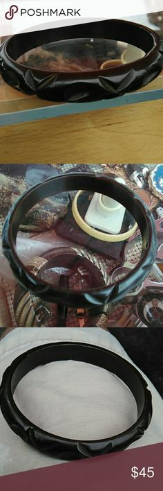 "Vintage bakelite carved bangle brown color In very good vintage used condition  2.5"" opening  .5"" wide Please see pix unbranded Jewelry Bracelets"