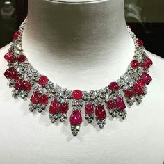 """jewelryblogram: """"Fabulous #ruby and #diamonds necklace by @HarryWinston at Carlton - Via @julienbrunie http://ift.tt/2cxZ56G """""""