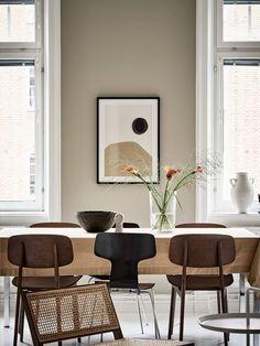 Warm beige interior - Dining Room - Deco Home Home Interior, Interior Design Living Room, Living Room Designs, Living Room Decor, Bedroom Decor, Dining Room, Decoration Ikea, Beige Walls, Cheap Home Decor