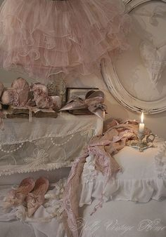 pink tulle shabby..
