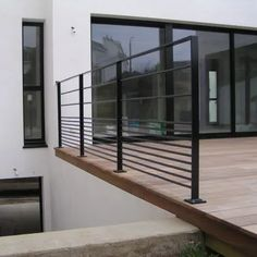 House On The Rock, House Design, Modern Staircase, Escalier Design, Railing Design, Terrace Design, New Homes, Metal Railings, Stairs