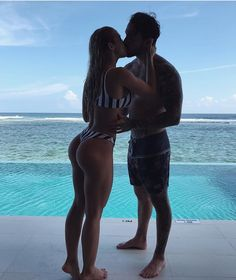 If you want your ex-girlfriend or ex-boyfriend to come crawling back to you on their knees (no matter why you broke up and even if they're dating somebody else now) you need to watch this video right away. Cute Couples Goals, Couple Goals, Adorable Couples, Life Goals, Relationship Goals, Relationships, Tammy Hembrow, Love Is In The Air, Body Motivation