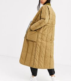 From padded coats to combat boots, these are the 14 high-street trends to elevate your basics in High Street Fashion, High Street Trends, Street Style Women, Long Quilted Coat, Fashion 2020, Fashion Fashion, Runway Fashion, Fashion Trends, Outerwear Women