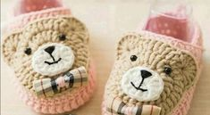 Ideas for baby shoes diy free crochet sandals Crochet Sandals Free, Crochet Baby Boots, Knit Baby Booties, Crochet Bebe, Baby Girl Crochet, Crochet Slippers, Diy Crochet, Crochet Cat Pattern, Crochet Patterns