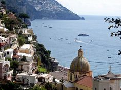 Positano, Campania, Italy http://www.vacationrentalpeople.com/vacation-rentals.aspx/World/Europe/Italy/Campania/