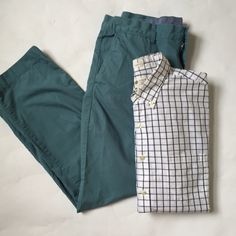 Men's J. Crew Lightweight Chinos Men's J. Crew lightweight chinos in a slate blue. 34x30. Excellent condition. J. Crew Pants