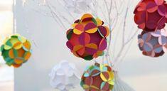 """Décorations de #Noël : des boules """"fleurs"""" en #papier"""