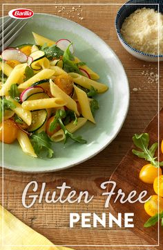 Delicious gluten free flavors from the farmers market to your table. Gluten Free Penne tossed with arugula, radishes and sautéed tomatoes and zucchini. Topped with cheese and ready to enjoy at your next summer party (& just as good the next day)! Dinner Dishes, Pasta Dishes, Food Dishes, Gluten Free Pasta, Gluten Free Dinner, Radish Recipes, Pasta Recipes, Vegetarian Recipes, Healthy Recipes