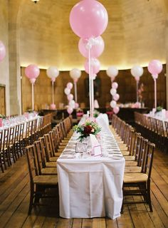 6 Pretty Perfect Ways to Use Balloons in Your Wedding