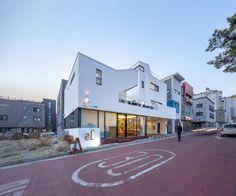 Gallery of Tea-Um / ThEPlus Architects - 28