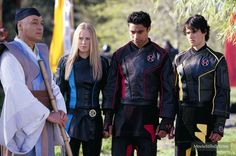 Power Rangers Ninja Storm publicity still of Sally Martin and others