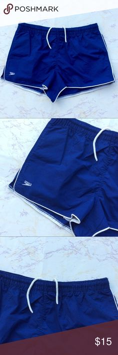 Classic Speedo Swim Shorts Men's size medium classic speedo swim shorts. Mesh lined. Has a Drawstring Waist. Speedo Swim Swim Trunks