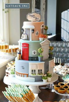Paris shop fondant cake