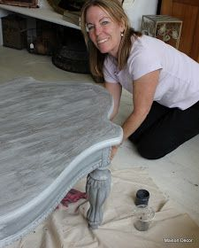 Maison Decor: French Hollywood Table~a washing technique