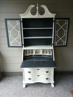 Antique Secretary Desk - love the simplicity of the monochrome look here. We're definitely going to try this at Courtyard Creations Desk Redo, Desk Makeover, Furniture Makeover, Painted Secretary Desks, Antique Secretary Desks, Paint Furniture, Furniture Projects, Furniture Making, Furniture Design