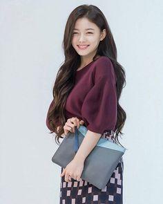 Kim yoo jung is so cute❤️❤️ Only Fashion, Asian Fashion, Girl Fashion, Fashion Today, Kim Yoo Jung Fashion, 80s Fashion Party, 90s Fashion, Boho Fashion, Vintage Fashion