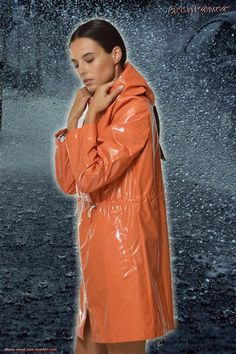 Latex, Vinyl Raincoat, Rubber Raincoats, Gas Masks, Rain Photography, Rain Wear, Windbreaker, Girl Outfits, Beautiful Women