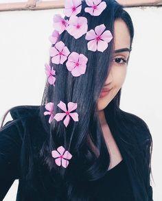 """902 curtidas, 171 comentários - N i c o l e  V i e i r a 🌸 (@heynicolev) no Instagram: """"🌸Quem flores planta, flores colhe.🌸 #heyvsco"""""""