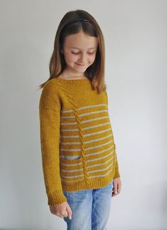 Детский пуловер спицами Hide-and-Seek