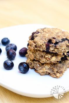 blueberry banana breakfast cookies (vegan, GF)