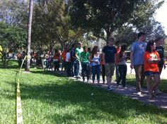 Several hundred people will watch the President deliver an address at the University of Miami. via @Alex Sanz