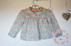 http://www.papaetmaman.fr/boutiques/l-armoire-rose/blouse-fille-2-ans-liberty-betsy-porcelaine-manches-longues-col-claudine.html
