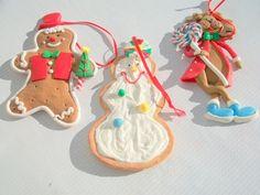 3 Darling Decorative Christmas Ornaments от Gem2thei на Etsy