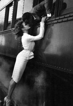 bon voyage. black and white photography, man and woman kissing, train #beautiful photograph
