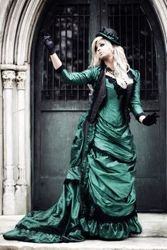 Steampunk Victorian Reproduction Gown Set with by RomanticThreads. , via Etsy.-my dress!!! :)