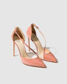 Zapatos de salón de mujer Francesco Russo de vinilo y cahrol en color rosa