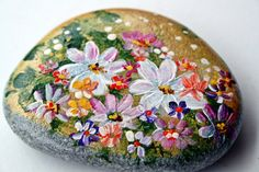Nº44 painted pebble hand painted stone painted rock by LOSESTONES