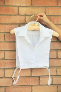 DIY: Faux chemise (make your own dickey) – Kiku Corner - Leotards Clothes Crafts, Sewing Clothes, Faux Col, Shirt Makeover, Tie Dye Shirts, Collar Shirts, Dress Shirts, Diy Fashion, Fashion Tips