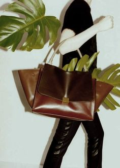 I just pash over designer bags. I'v had my Fendi handbag for some time now. A little bird told me that my boyfriend is buying me a new Burberry handbag for my birthday. Not long to wait :)