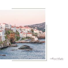 Andros town   Photo : Αντιμάντο Στέφανος     #hotelspa #wellnesslife #hotelselfie #micraangliahotel #summer2019#holidays #visitgreece #travel #travelling #travelblogger #traveling #traveler #traveller #photography #wanderlust #travels #photooftheday #travelblog #nature
