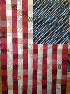 awesome American Flag quilt from - The Quiltmakers