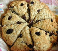 These are the scones I remember as a child growing up in Scotland. Scottish Scone Recipe, Scottish Recipes, Irish Recipes, Breakfast Recipes, Dessert Recipes, Desserts, Biscuits, English Food, English Scones
