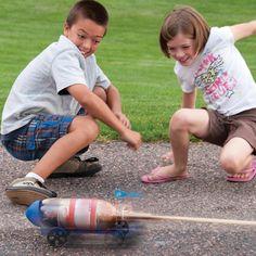 Geyser Rocket Car - Use a MENTOS® soda geyser to propel a racing car | Steve Spangler Science
