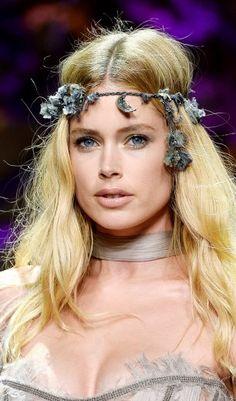Doutzen Kroes Das Topmodel bei der Couture-Show von Atelier Versace