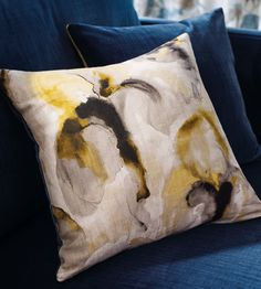 Water Iris Fabric by Zoffany | Jane Clayton