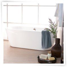 Wyndham Collection Mermaid 67-in. Freestanding Tub