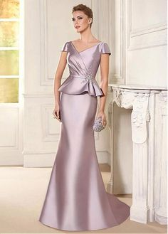 Buy discount Attractive Satin V-neck Neckline Mermaid Mother Of The Bride Dress With Beaded Lace Appliques at Dressilyme.com