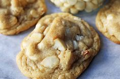 White Chocolate Macadamia Nut Cookies with sweet and creamy white chocolate, buttery macadamia nuts, in a sugar cookie dough. Chocolate Chip Blondies, White Chocolate Chip Cookies, Keto Chocolate Chips, Pumpkin Chocolate Chips, Sugar Free Chocolate, Macadamia Nut Cookies, Macadamia Nut Recipes, White Chocolate Macadamia, Buttery Cookies