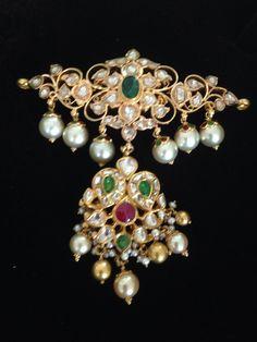 Two Step Pachi Pendant - Jewellery Designs Pendant Jewelry, Beaded Jewelry, Gold Jewellery, India Jewelry, Fine Jewelry, Jewelry Design, Designer Jewellery, Designer Wear, Latest Jewellery