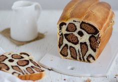 Vanilla and cocoa leopard milk bread. Such fun bread recipes! Cake Zebré, Love Food, Nutella, Sweet Tooth, Sweet Treats, Food Porn, Food And Drink, Cooking Recipes, Cooking Fish